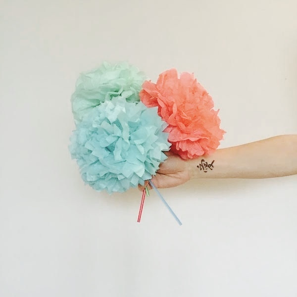 thumb_Paper flowers_1024