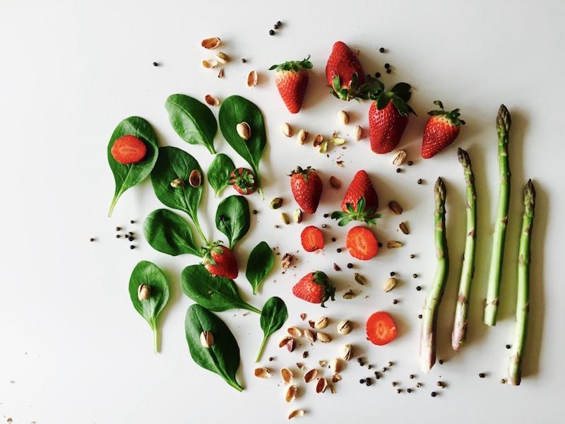 salata spargle&jagode1