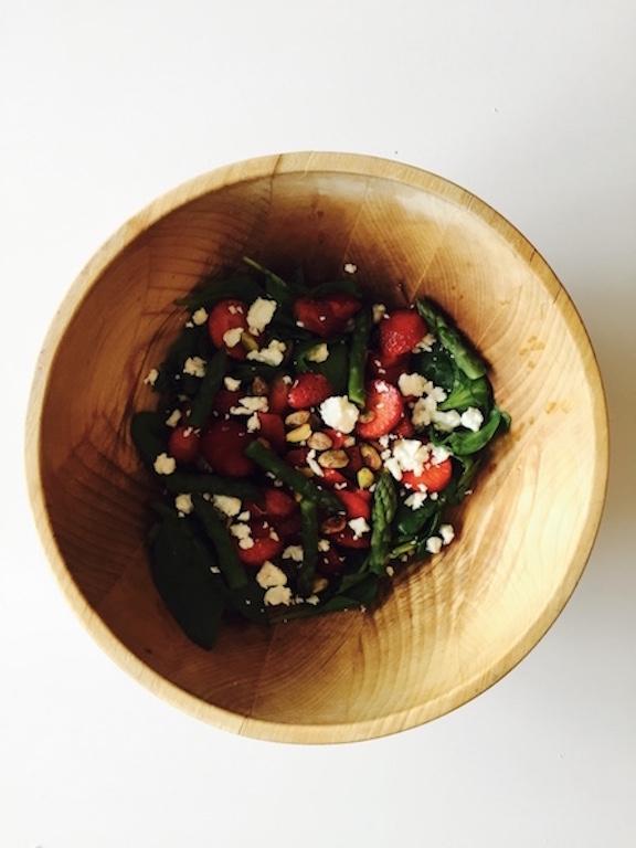salata spargle&jagode2